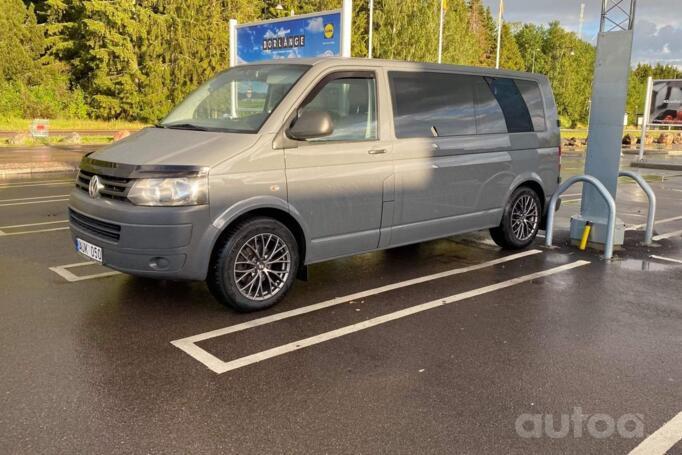 Volkswagen Transporter T5 [restyling] Crew Bus minivan 4-doors
