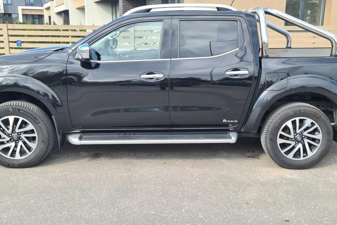 Nissan NP300 1 generation Double Cab pickup