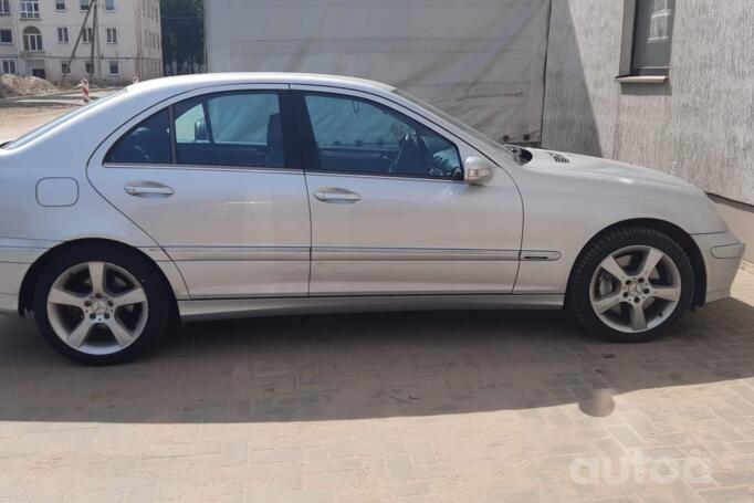 Mercedes-Benz C-Class W203/S203/CL203 [restyling] Sedan 4-doors