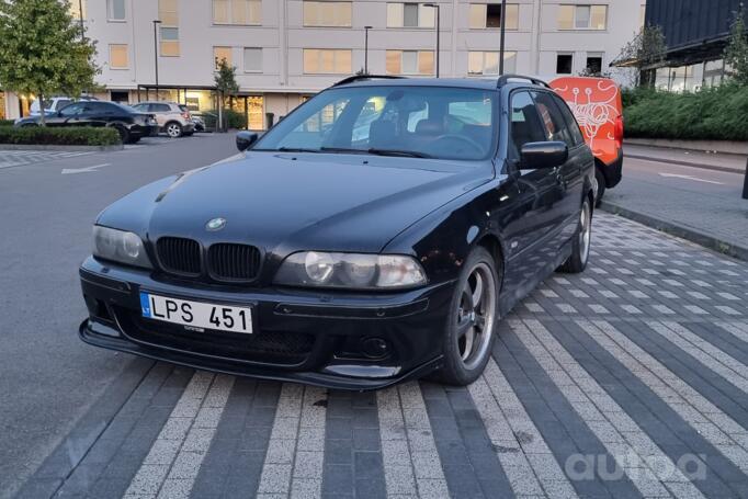 BMW 5 Series E39 Touring wagon