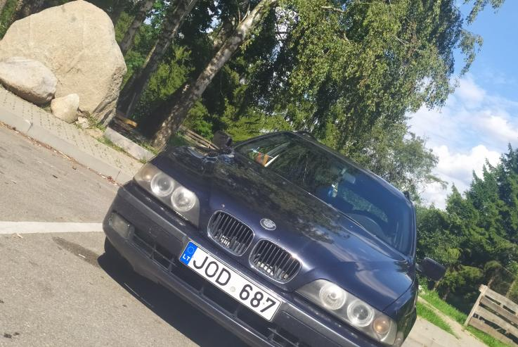 BMW 5 Series E39 Touring wagon