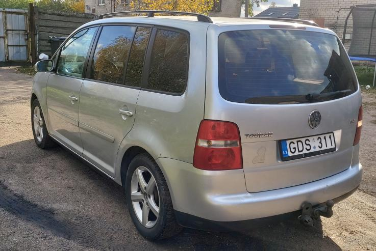 Volkswagen Touran 1 generation Minivan