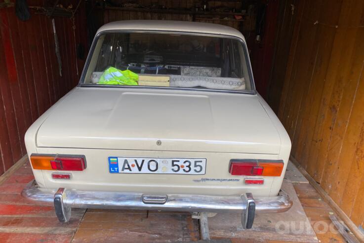VAZ (Lada) 2101 1 generation Sedan
