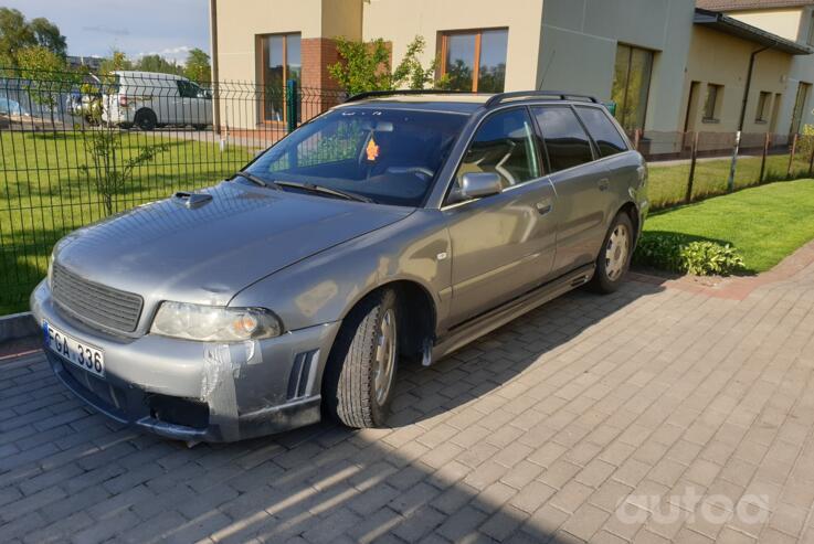 Audi A4 B5 Avant wagon 5-doors