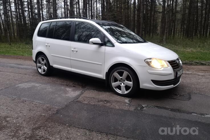 Volkswagen Touran 1 generation [restyling] Minivan 5-doors