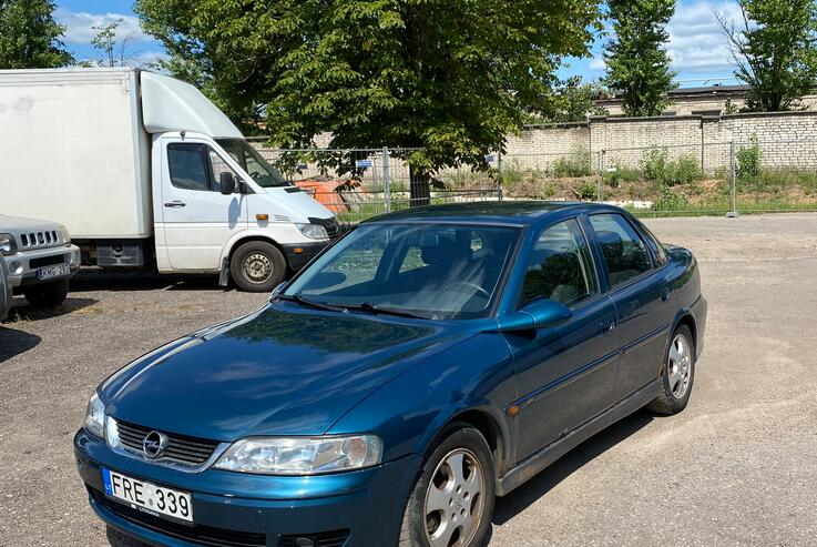 Opel Vectra B [restyling] Sedan 4-doors