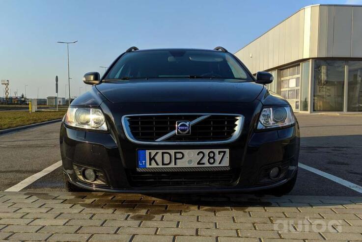 Volvo V50 1 generation [restyling]